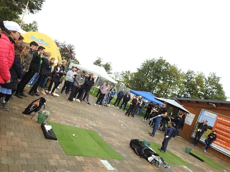 Golf-Vorführungen mit Michael Wolf